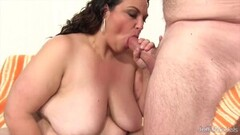 Kinky Fat Babes Sucking Comp 3 Thumb