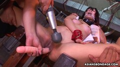 Sexy Yukino Chitose likes group sessions Thumb