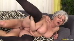 Sexual Grandma Kelly Leigh Is Horny for a Cock Thumb