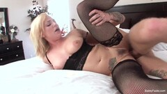 Horny blonde gets her huge beautiful ass jizzed on Thumb