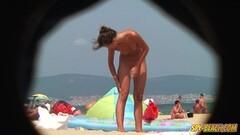 Amateur Beach Nudist Voyeur - Close Up Pussy Thumb