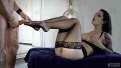 Nylons Sn 3 Katrina Jade gets a deep screwing in stockings Thumb