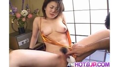 Amateur asian gets her pussy toyed Thumb