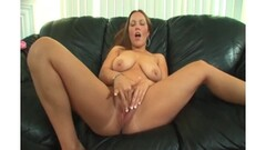 Bulgarian girl squirt with big dildo 2 Thumb