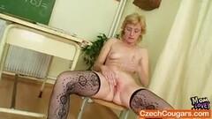 Striptease Thumb