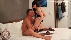 Cute girl gets her pussy licked Thumb