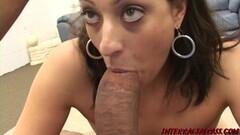 Pinky strapon fucks black girlfriend Thumb