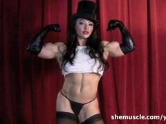 BrandiMae - SheMuscle Thumb