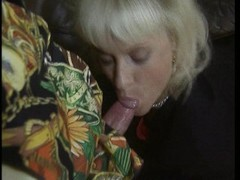 Classy blonde gets her holes worked Thumb