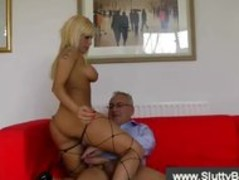Hot british blonde fucked by old man Thumb