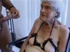 Ugly old granny gets fucked Thumb