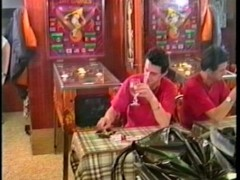Sweet redhead sucks dick in vintage scene - Telsev Thumb