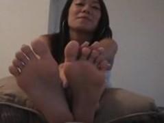 feet of a beautiful asian Thumb