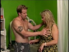 MILF loves to give head - Gentlemens Video Thumb