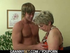 Old housewife gets nailed by an young guy Thumb