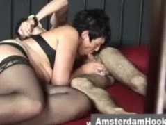 Mature dutch prostitute gives bj Thumb