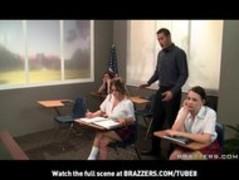 BIGTIT PORNSTAR SCHOOLGIRL RACHEL ROXX FUCKS BIGDICK TEACHER Thumb