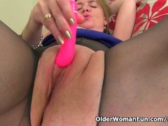 Big titted milf Lily from the UK works her puffy cunt Thumb