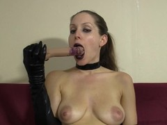 Goth girl in gloves and choker gives messy lipstick blowjob to dildo Thumb