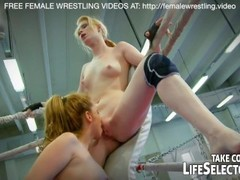 Babies loves to suck his pussy in wrestling sex Thumb