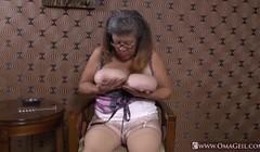 OmaGeiL Mature Latinas Striptease and Closeup Thumb