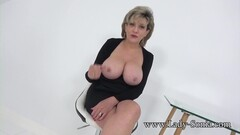 Aunt Sonia invites you over after catching you wanking Thumb